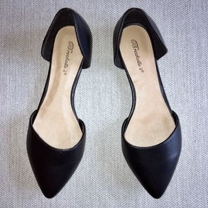 Breckelle's Black Flats - Size 10
